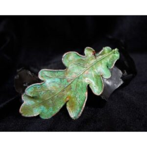 Oak leaf barrette